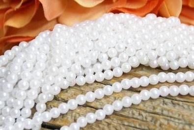 pärlor på tråd