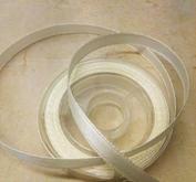 ca 3  meter band på rulle - färg Ivory